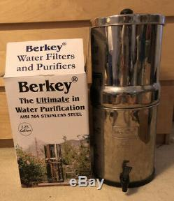 Big Berkey 2.25G Countertop Water Filtration System WITHOUT Filters