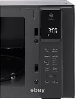 LG NeoChef 0.9 Cu. Ft. Compact Microwave with EasyClean Stainless steel