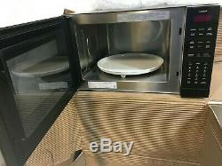 Wolf MC24 1.5 cu. Ft. Countertop Microwave Oven in Black 900 Watts Convection